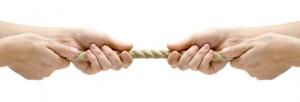 """Понякога в конфликтите всеки """"дърпа въжето"""" към себе си"""